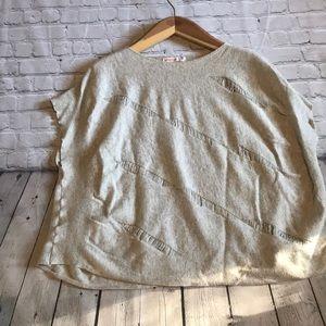 Umgee USA Boxy Flowy Sweater M